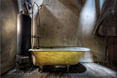 Grandmas-Bath